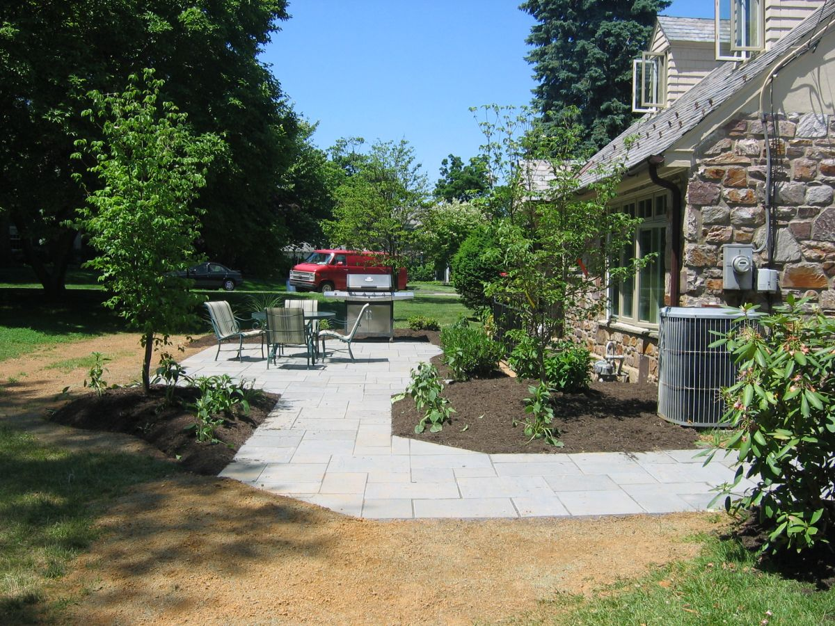 Zeiger - bluestone patio with landscape_2